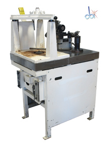 STRASBAUGH OPTICAL PLUNGE GRINDING MACHINE