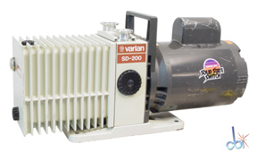 VARIAN ROTARY VANE MECHANICAL VACUUM PUMP 6.9 CFM