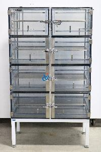 TERRA UNIVERSAL EIGHT COMPARTMENT DESICCATOR BOX